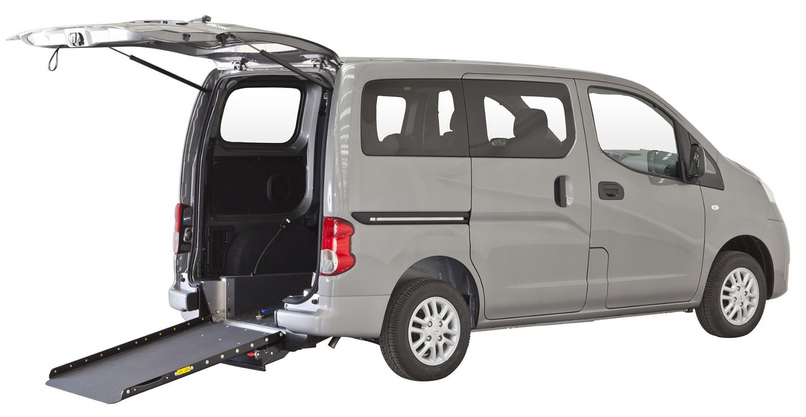 nissan nv200 evalia tpmr agree taxi parisien pmr. Black Bedroom Furniture Sets. Home Design Ideas